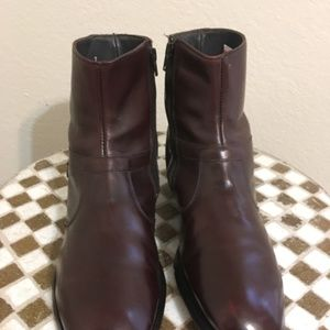 BROWN E.T. WRIGHT USA ZIP UP  BEATLE BOOTS 10.5 M